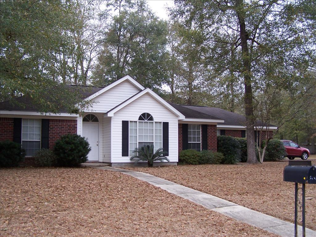 5242 Southern Oaks Trl, Grand Bay, AL 36541