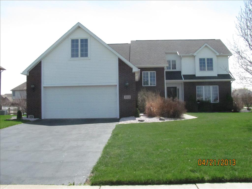 1113 Bending Brook Ln, Waterville, OH 43566