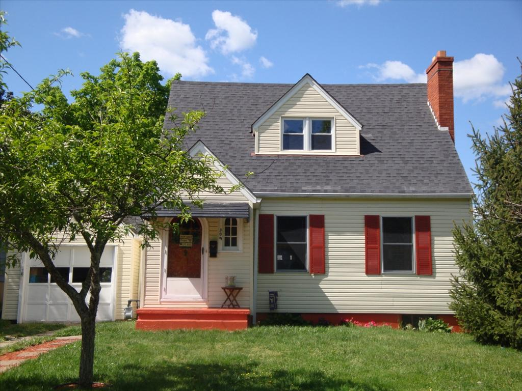 309 Winona St, South Charleston, WV 25303