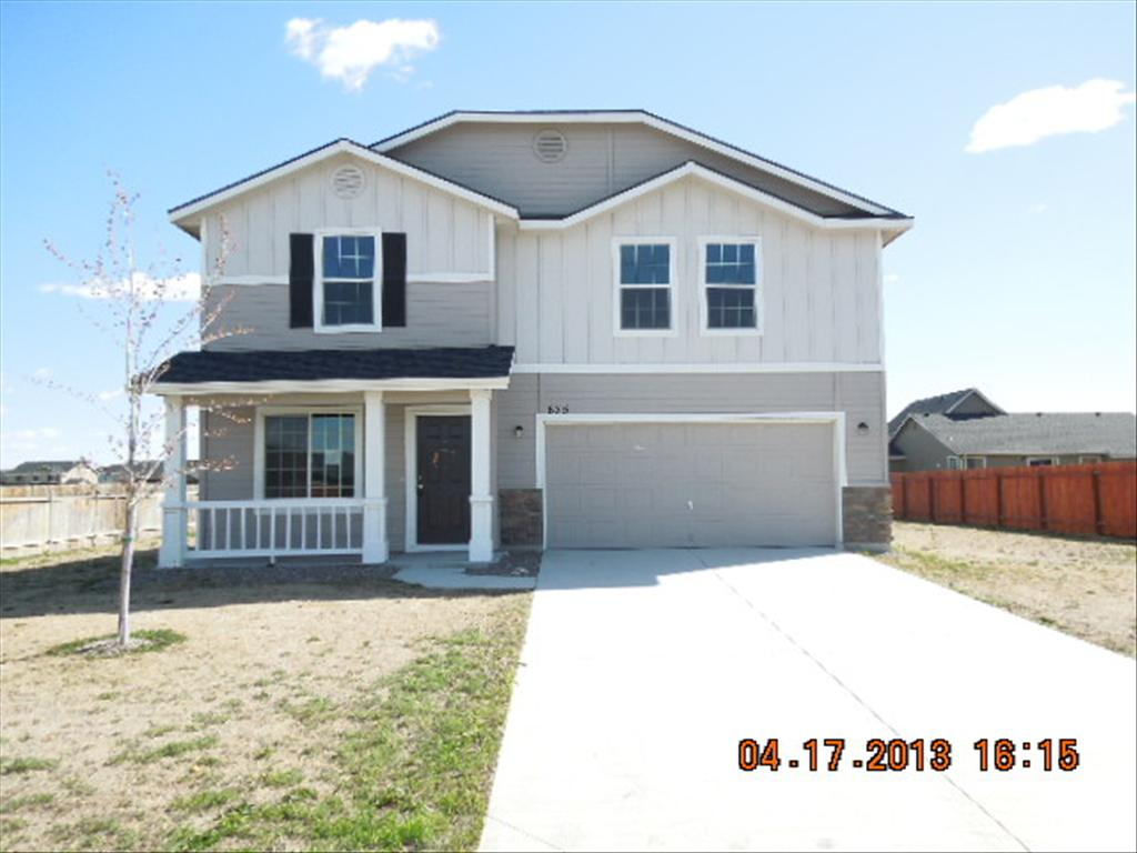 675 SW Portal St, Mountain Home, ID 83647