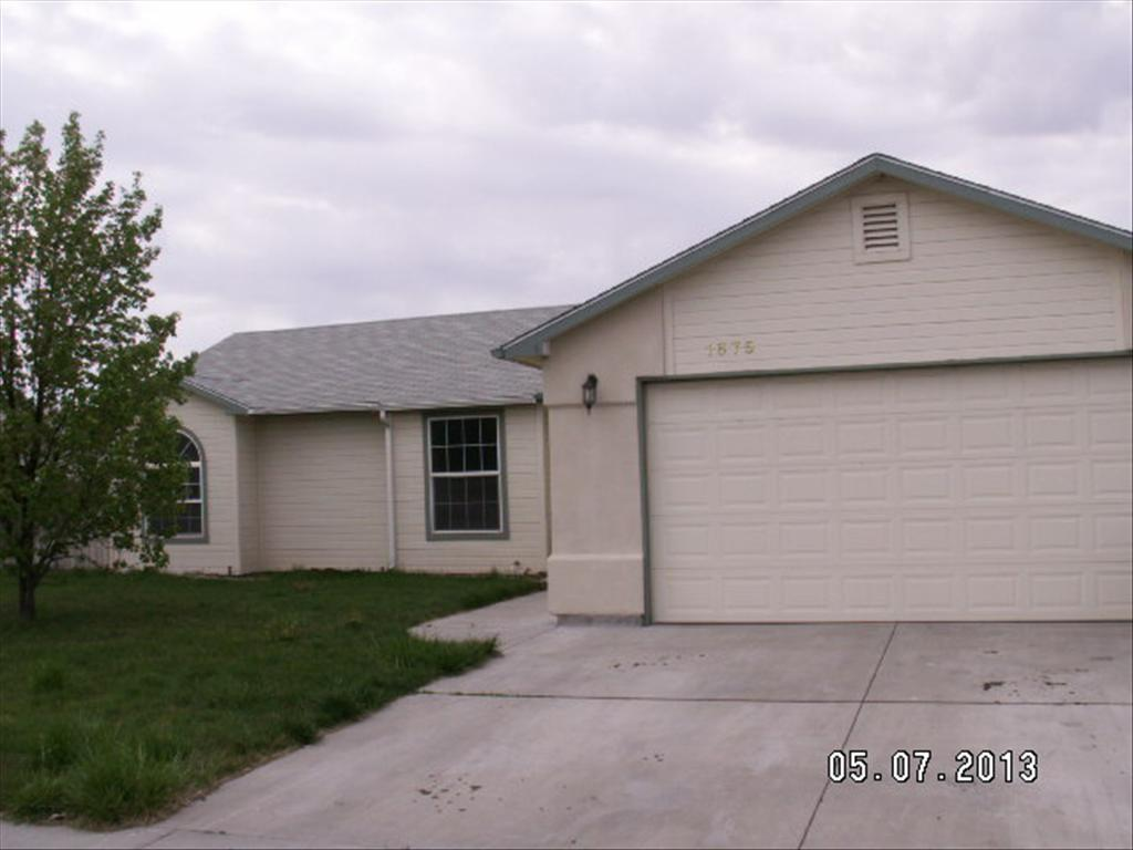 1675 NW Peregrine Dr, Mountain Home, ID 83647