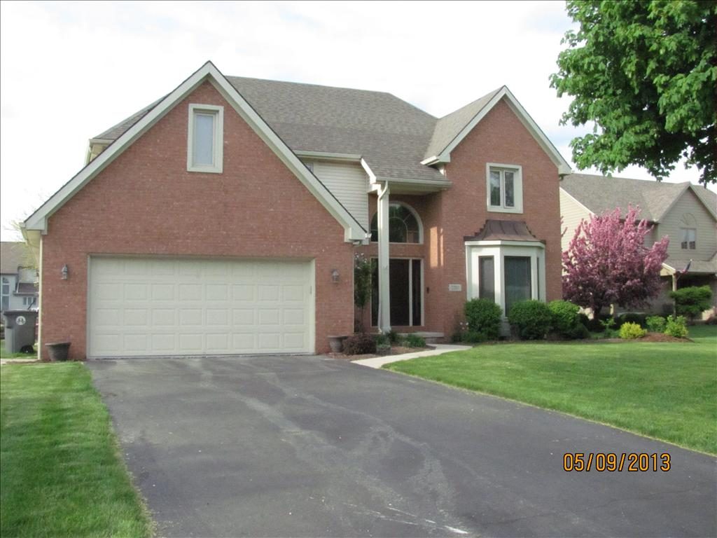 1231 Valley Bend Ct, Perrysburg, OH 43551