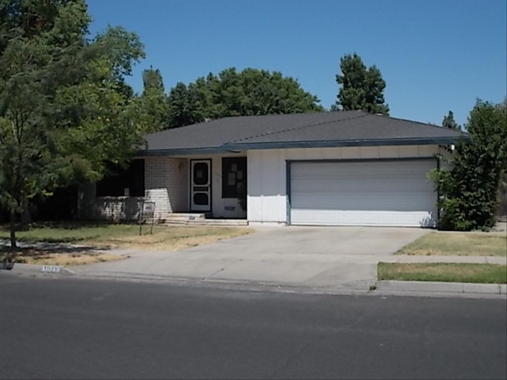 1021 Northwood Dr, Merced, CA 95348