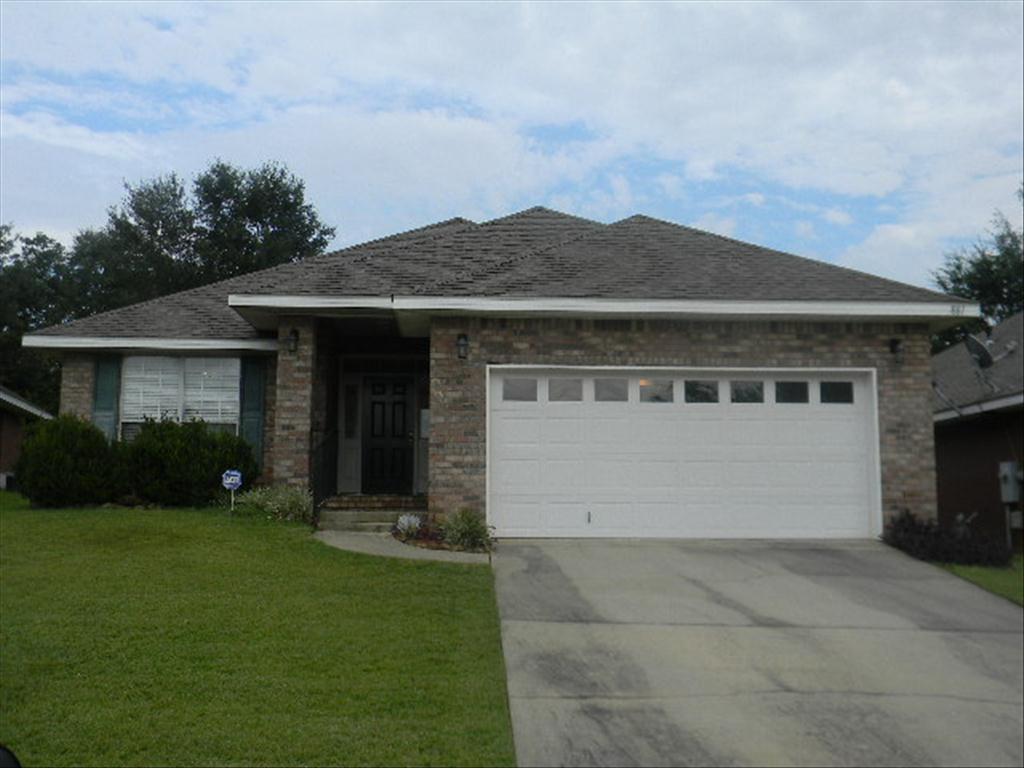 881 Magnolia Village Dr E, Mobile, AL 36695