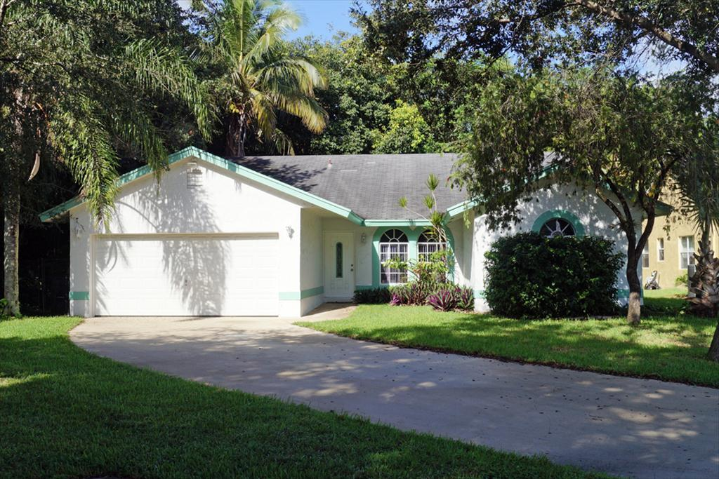 6603 NW 42nd Ave, Coconut Creek, FL 33063