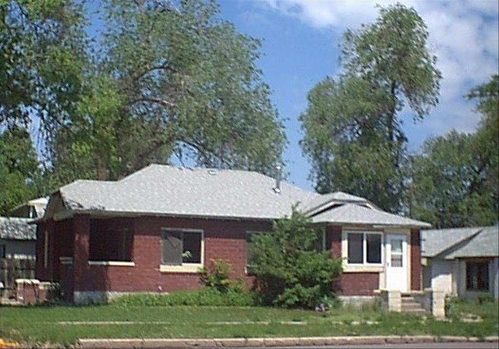 502 Oak St, Sterling, CO 80751