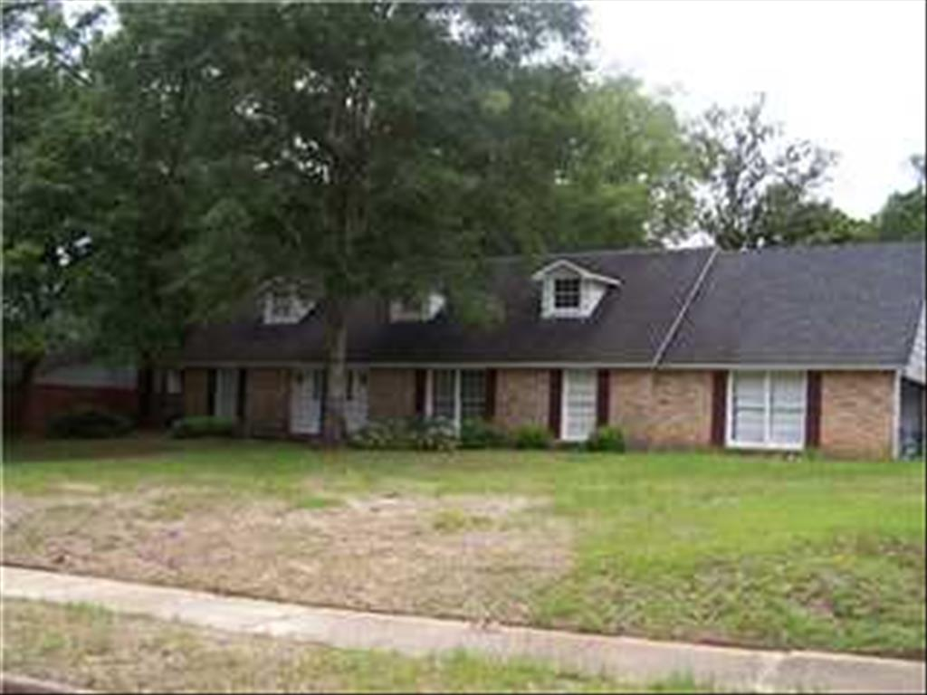 2366 Carriage Dr, Mobile, AL 36693