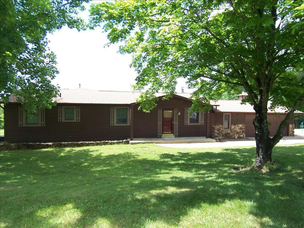 1686 W Linda Ln, Robertsville, MO 63072