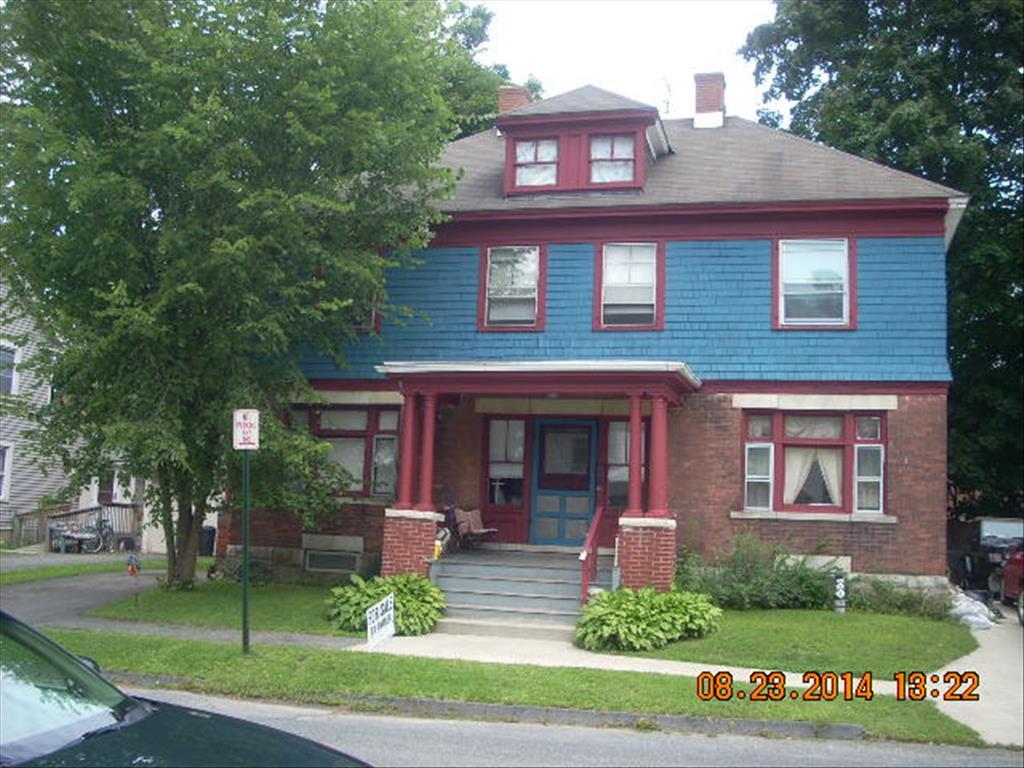 105 Bartlett Ave, Pittsfield, MA 01201