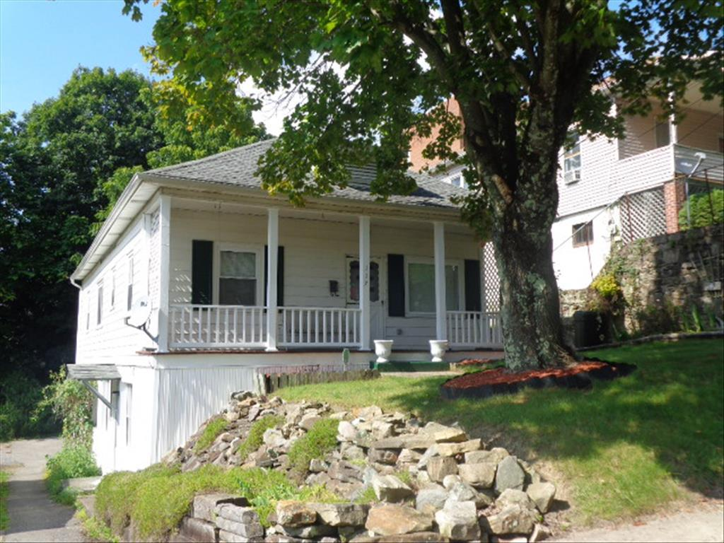 117 Fairlawn Ave, Beckley, WV 25801