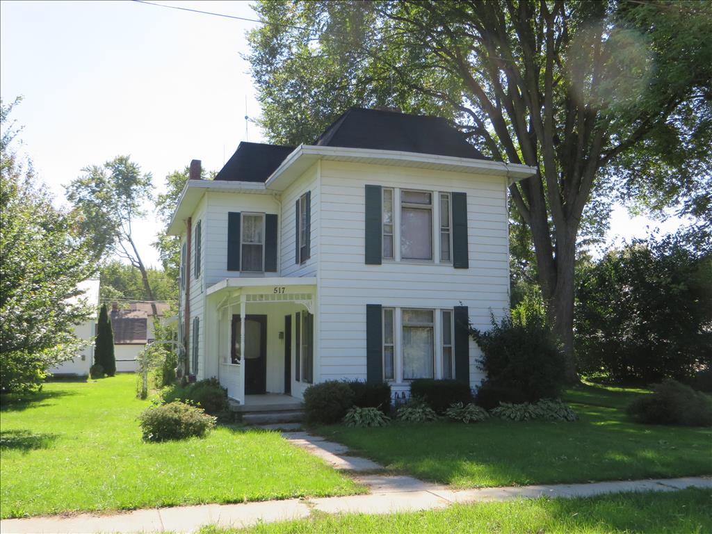 517 Mechanic St, Waterville, OH 43566