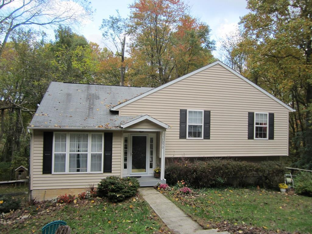 1070 Collins Ave, Sykesville, MD 21784