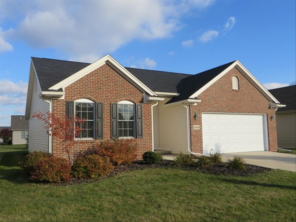 26368 Whitewater Dr, Perrysburg, OH 43551