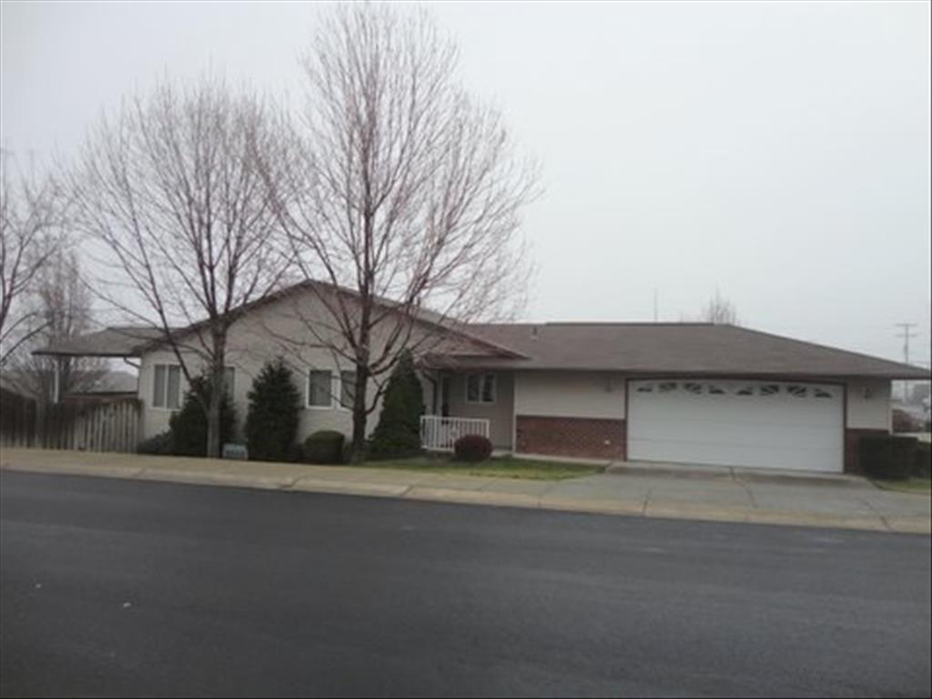 929 Stewart Ave, Lewiston, ID 83501