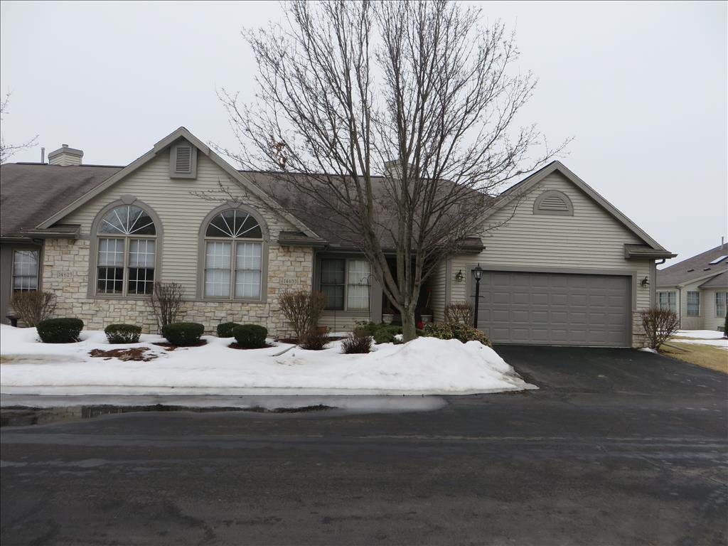 14633 Dexter Falls Rd, Perrysburg, OH 43551