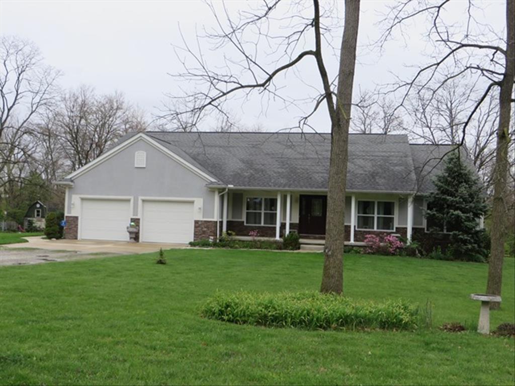 30150 Bates Rd, Perrysburg, OH 43551