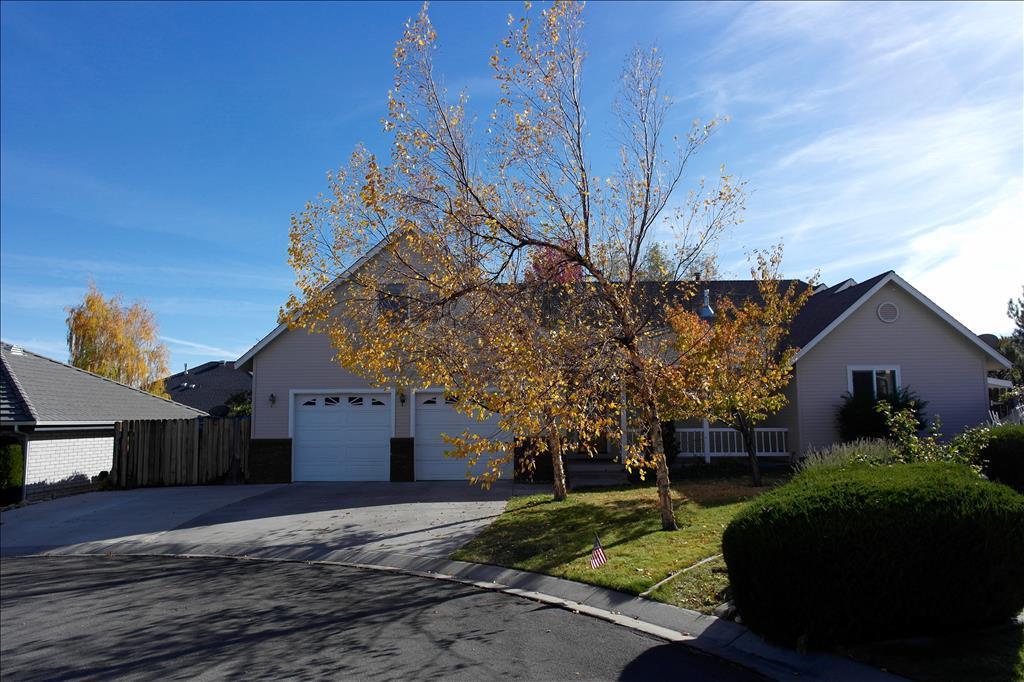 2055 Briar Crest Ct, Carson City, NV 89703