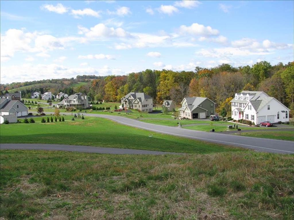 230 Bushkill Terrace Nazareth Borough, PA 18064