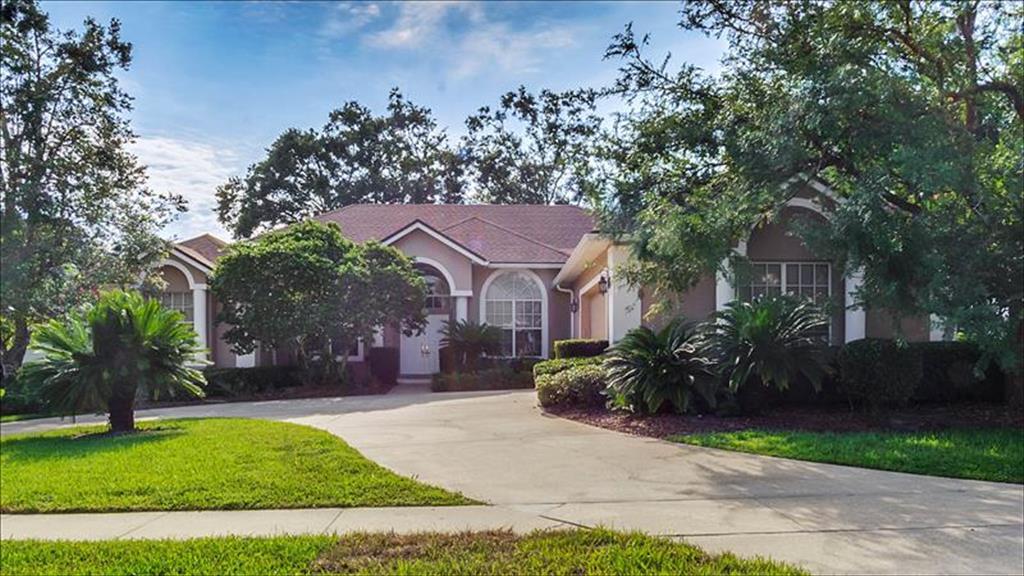 913 Ridge Spring Court Apopka, FL 32712