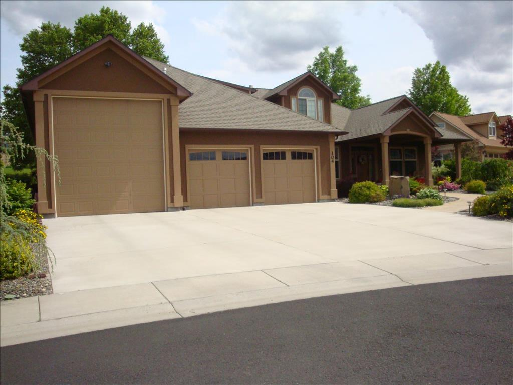 104 CANYON GREENS COURT LEWISTON, ID 83501