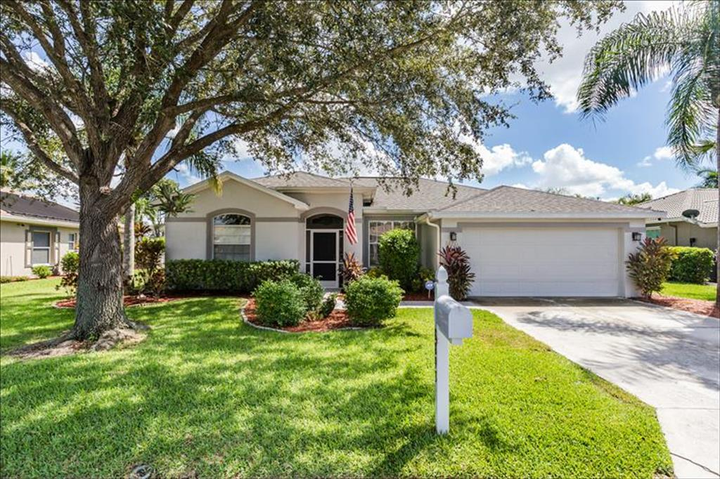 8893 Cypress Preserve Place Fort Myers, FL 33912