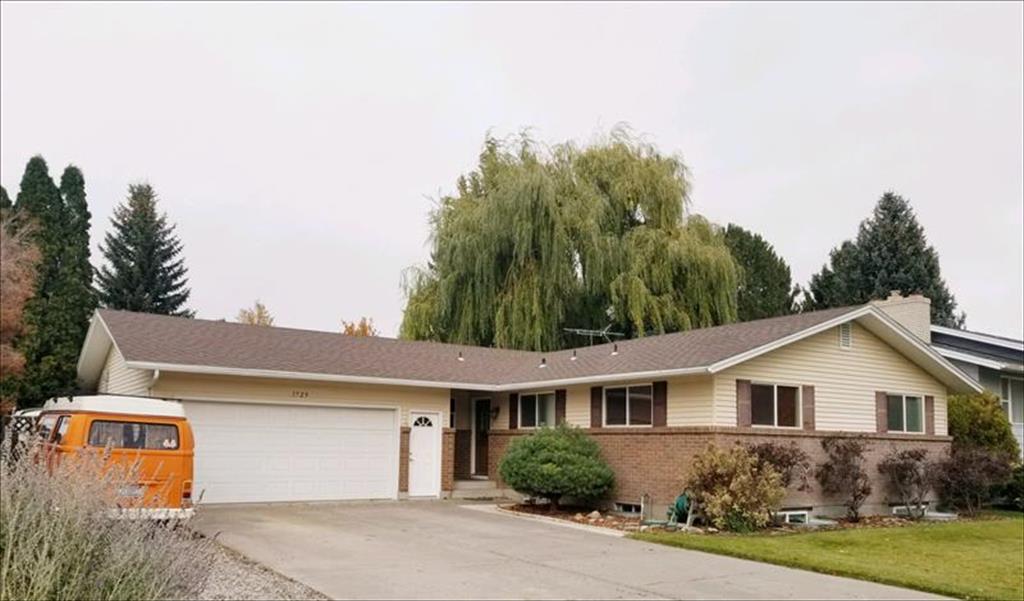 1729 Parley Street Idaho Falls, ID 83404