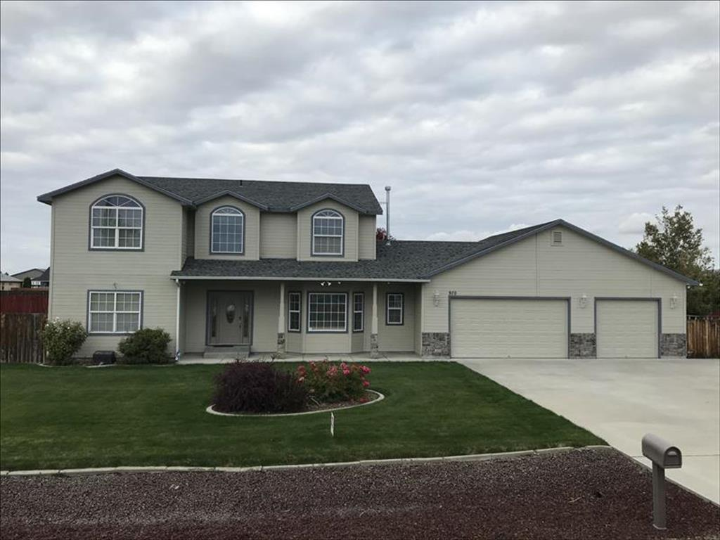 970 NW Bluegrass Cir Mountain Home, ID 83647