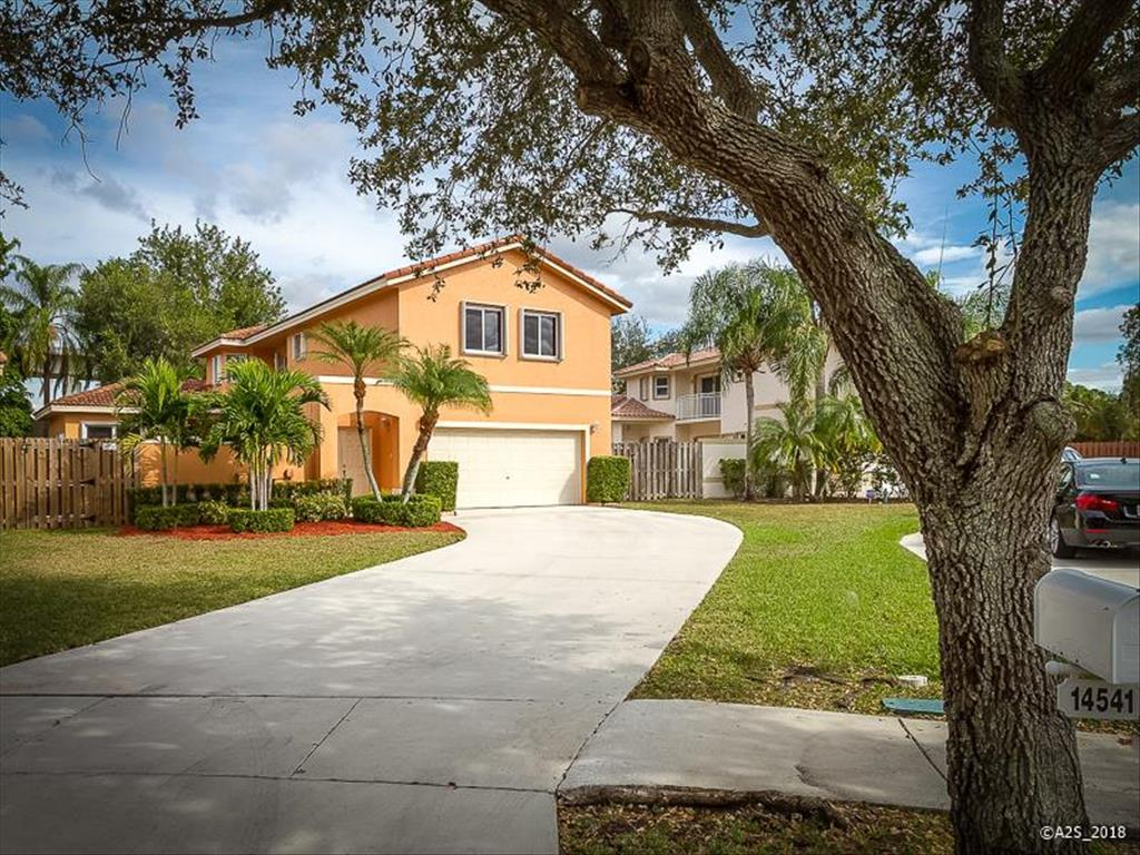 14541 Vista Verdi Road Davie, FL 33325