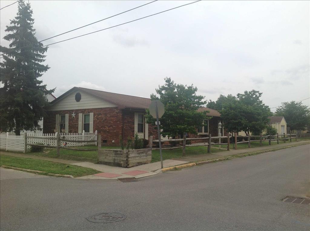 2010 Myers Avenue Dunbar, WV 25064