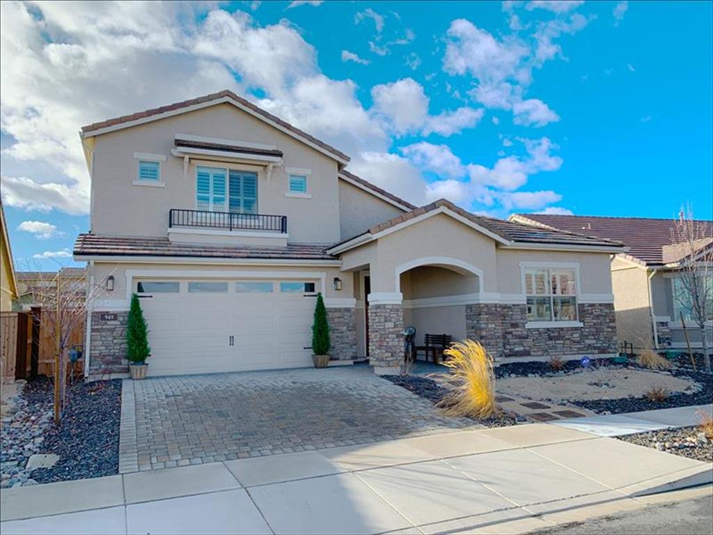 949 Silver Coyote Dr Sparks, NV 89436
