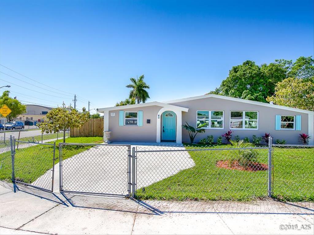 1402 SW 3rd St Delray Beach, FL 33444