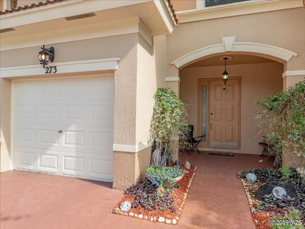 273 River Bluff Ln, one of homes for sale in Royal Palm Beach