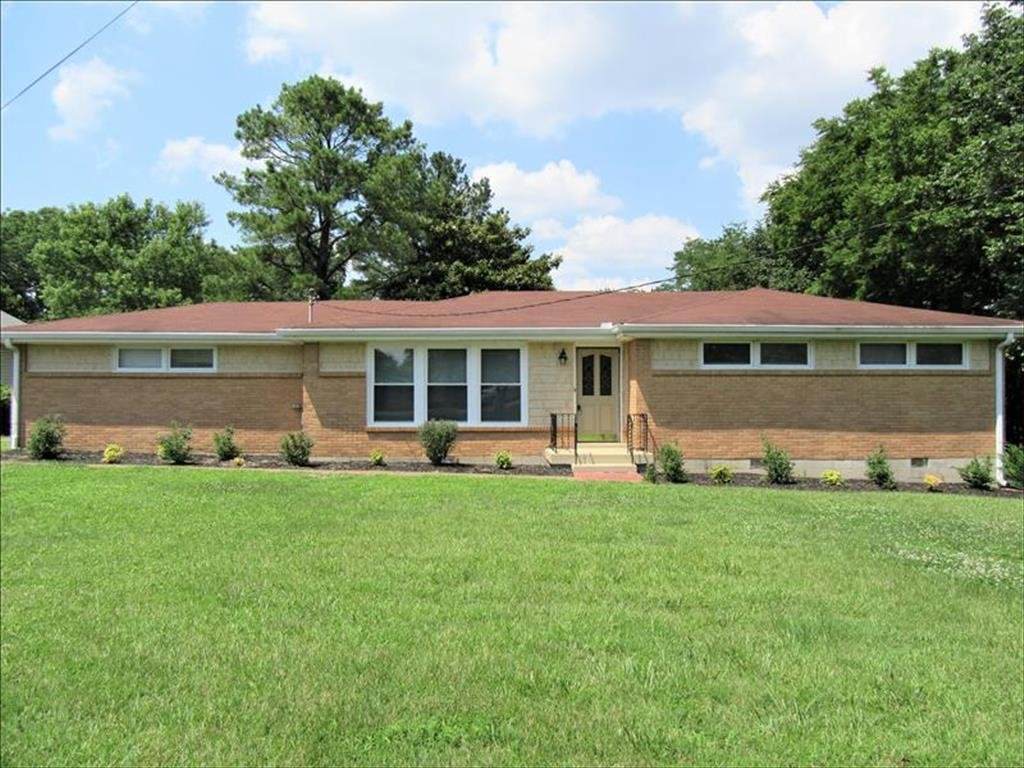 221  Curtis Cross Roads, Hendersonville in  County, TN 37075 Home for Sale