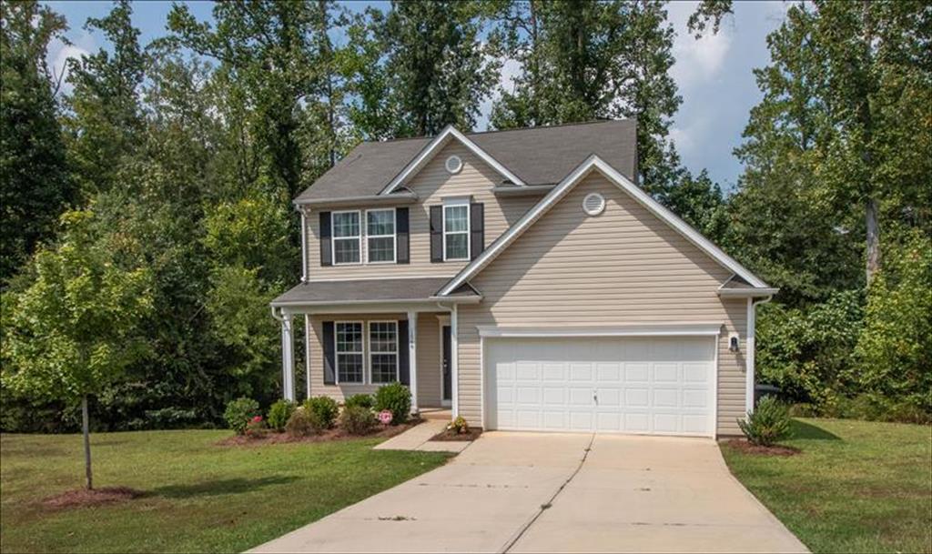 1566 Glenbar Ct, Clover, South Carolina