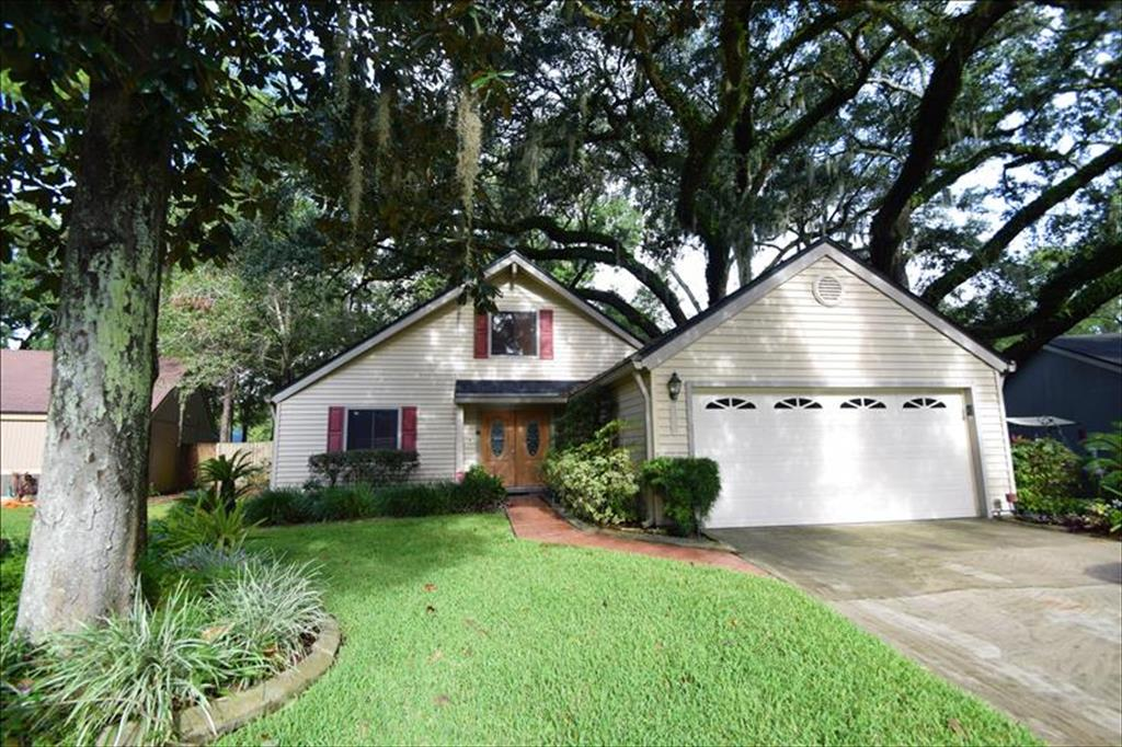 11224 Southbury Place, one of homes for sale in Jacksonville