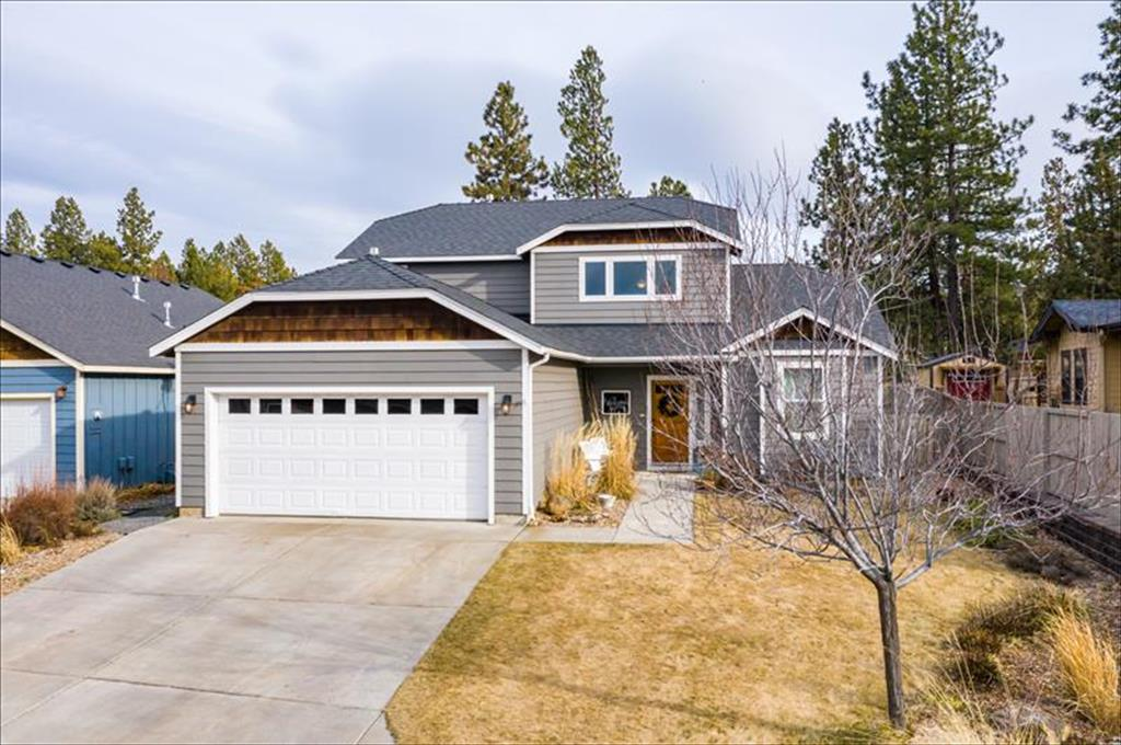 60870  Garrison Dr, Bend in  County, OR 97702 Home for Sale