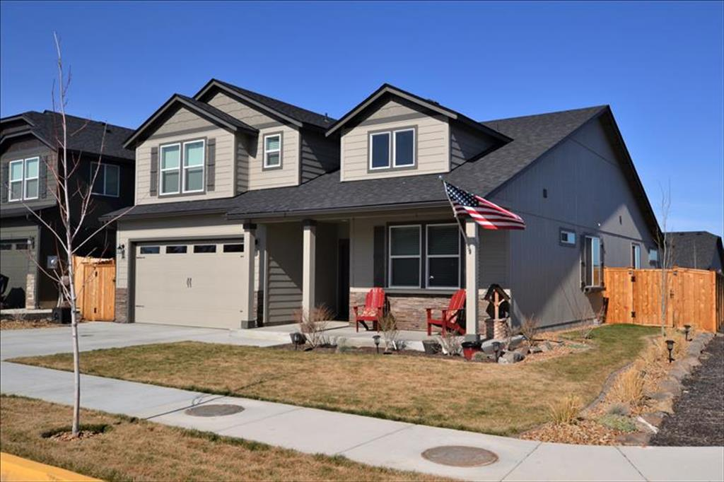 3721 SW Pumice Pl, Redmond in  County, OR 97756 Home for Sale