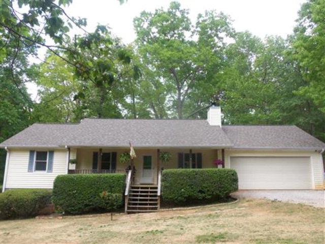 392 W Briarwood Dr, Nicholson, GA 30565