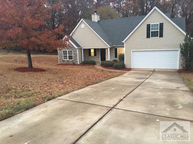 Photo of 208 White Circle  Winterville  GA