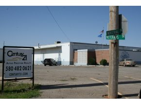 Image of Commercial for Sale near Altus, Oklahoma, in Jackson county: 4.00 acres