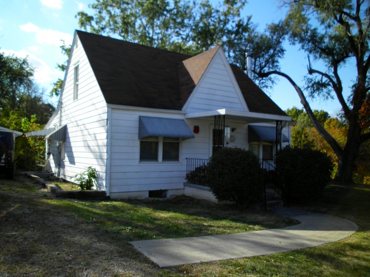 5947 Pleasant Hill Rd, Athens, OH 45701