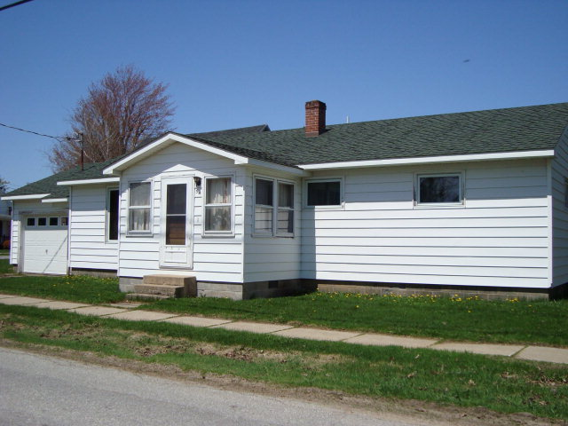 54 Chapman St. Rouses Point, NY 12979