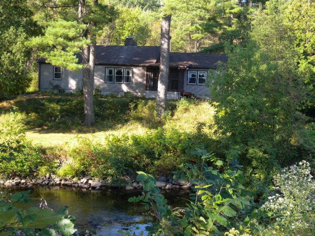 83 Salmon River Rd, Plattsburgh, NY 12901
