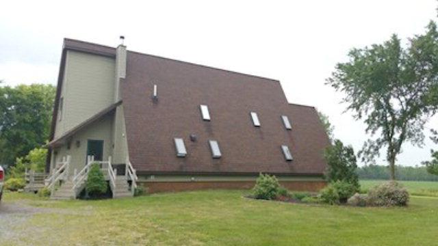 589 Perry Mills Rd, Champlain, NY 12919