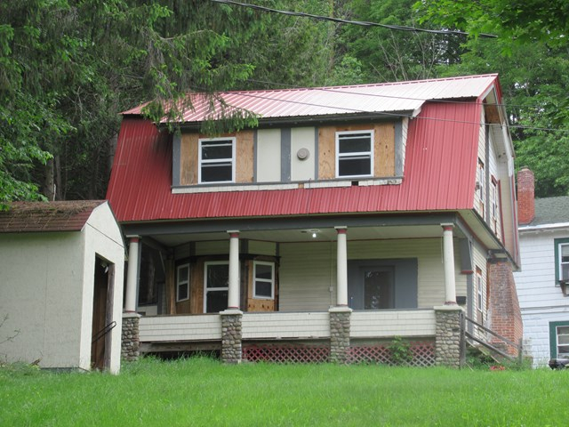 Photo of 40 Cantwell Way  Saranac Lake  NY