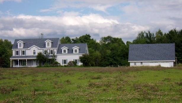 Photo of 726 Middle Road  Willsboro  NY