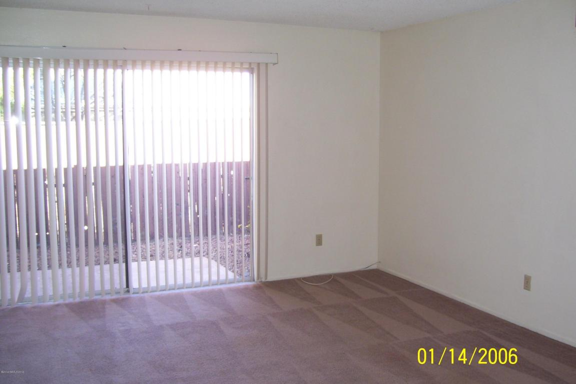 Rental Homes for Rent, ListingId:31015678, location: 4423 Plaza Vista Sierra Vista 85635