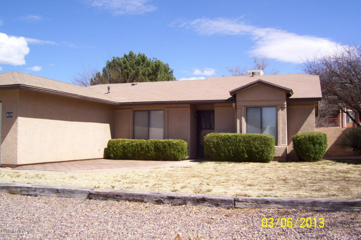 Rental Homes for Rent, ListingId:27997268, location: 829 Silverwood Sierra Vista 85635