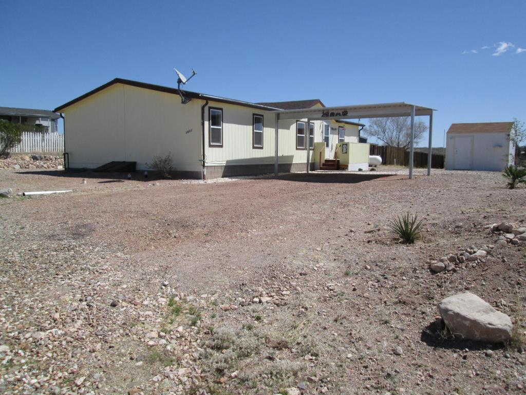 1462 N Saddleback Cir, Tombstone, AZ 85638