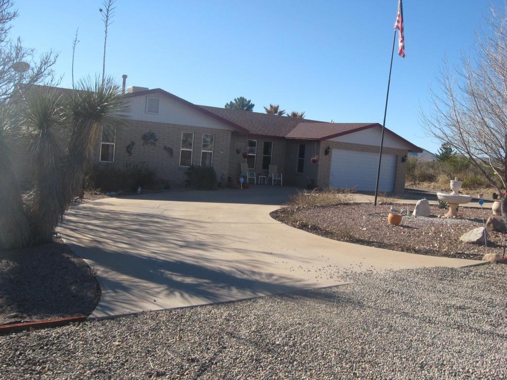 2479 E Holiday Dr, Tombstone, AZ 85638
